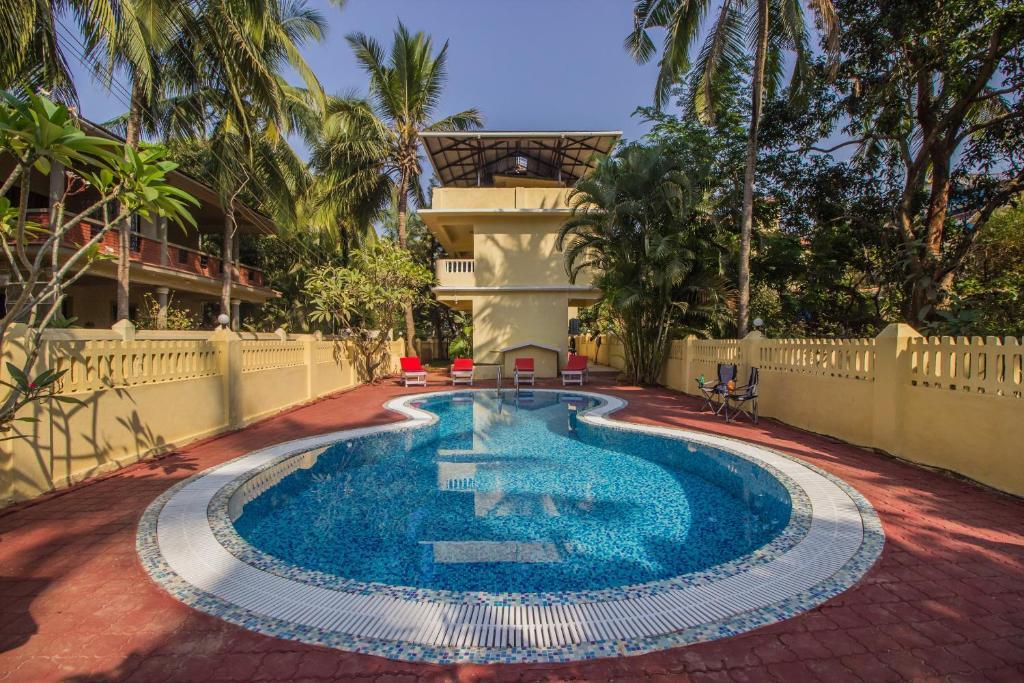 Best Price On Oyo Home 12134 Luxury Studios Calangute In Goa Reviews