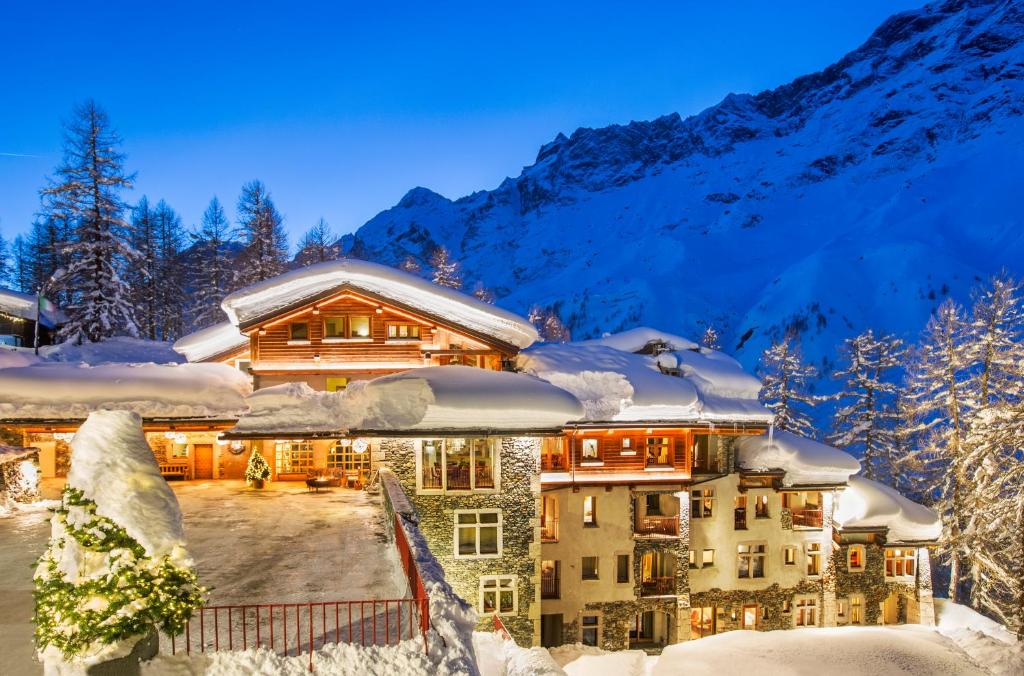 Best price on saint hubertus resort in valtournenche reviews - Piscina hotel hubertus ...