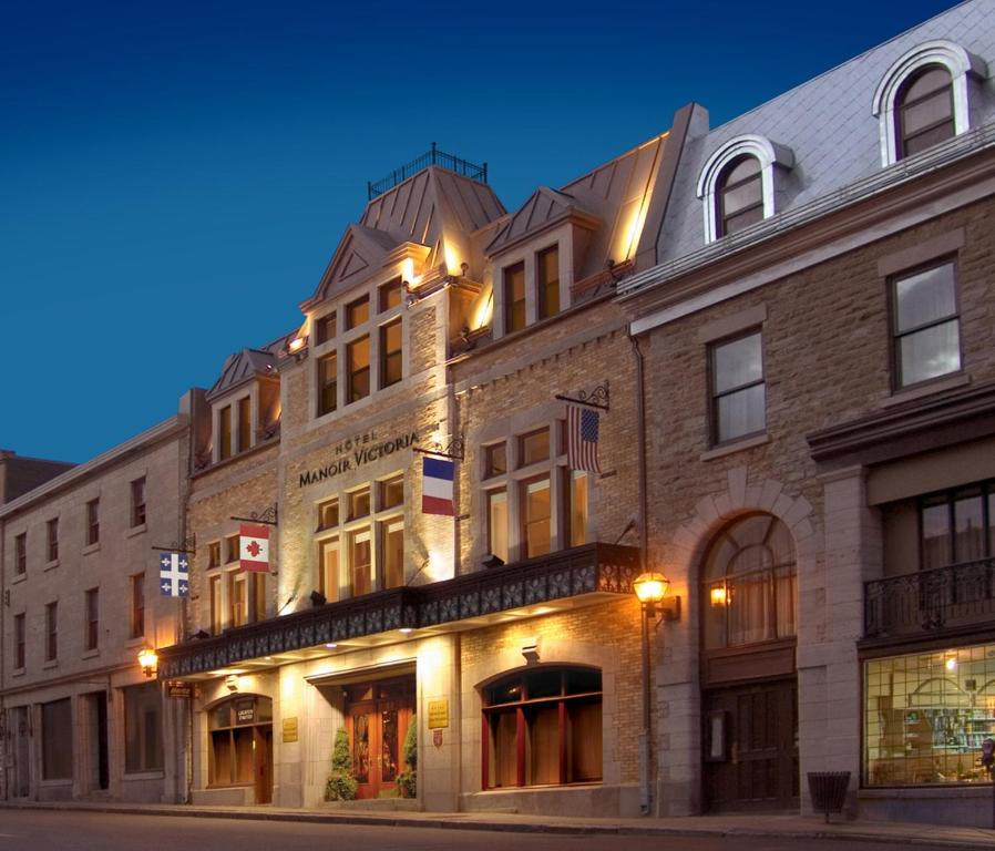 Book Now Hotel Manoir Victoria (Quebec City, Canada). Rooms Available for all budgets. Featuring 2 restaurants a spa and indoor pool Hotel Manoir Victoria is located in Old Quebec 8 minutes' walk from La Gare du Palais. The hotel offers a flat-screen cable TV in