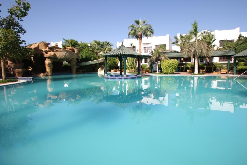 Delta Sharm Two-Bedroom Private Apartment with Pool View First Floor