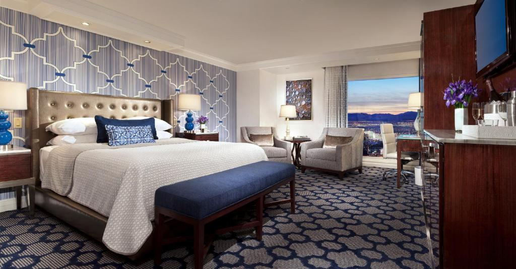Book Now Bellagio Hotel And Casino (Las Vegas, United States). Rooms Available for all budgets. Synonymous with world-class service superior shopping and all-around opulence Bellagio Hotel and Casino gets praise from our guests for its endless list of top-shelf amenities