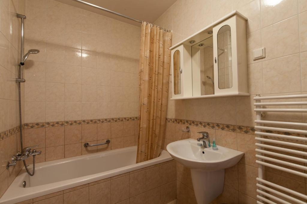 Bathroom Apartments Kotnikova Tour As