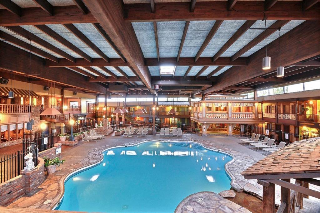 Hotels Columbus Indiana Rouydadnews Info