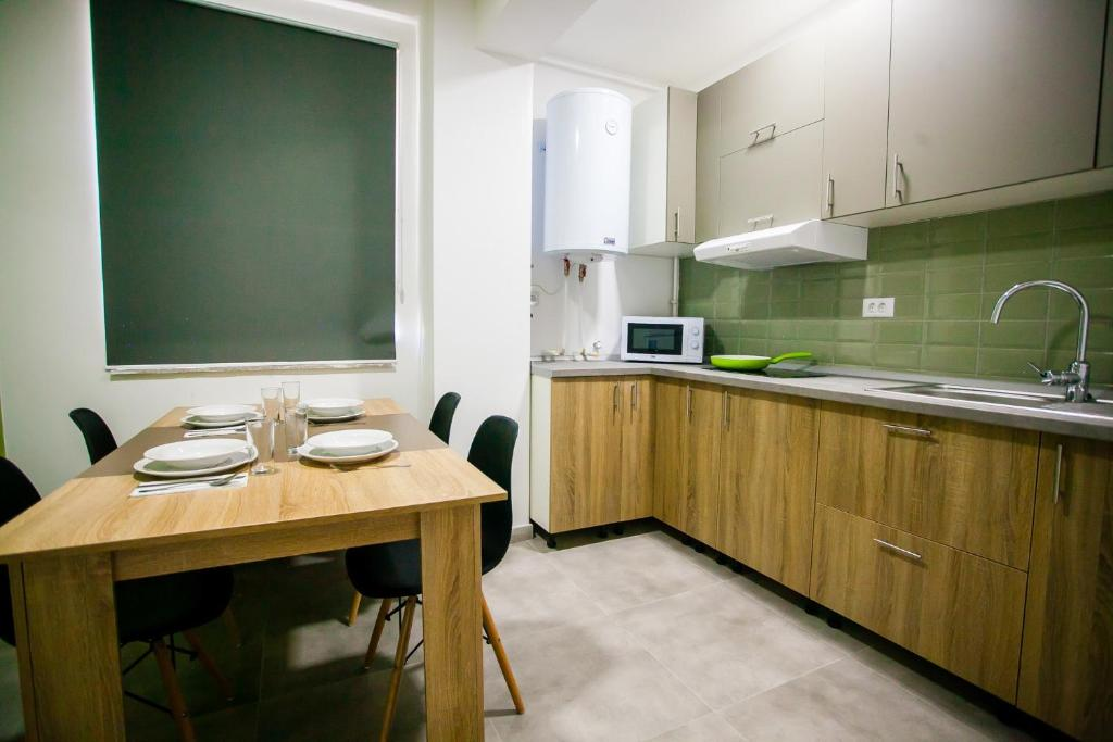 Lira Holiday Apartments