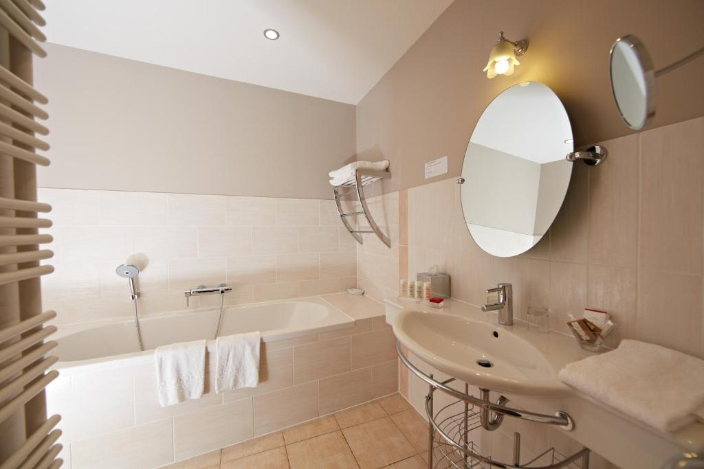 85a80976ad1 La Maison d Olivier Leflaive - Starting from 90 EUR - Hotel in ...