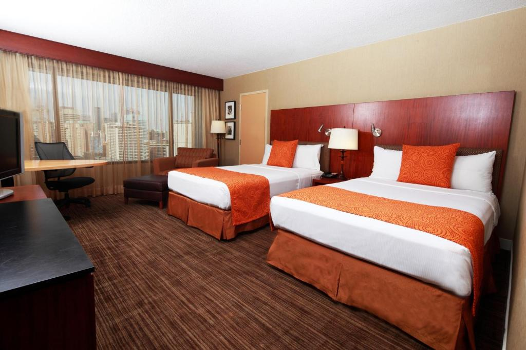 Book Now Hilton Toronto (Toronto, Canada). Rooms Available for all budgets. All-season swimming multiple dining spots and the nearby subway CN Tower and theatre steal the show at the Hilton Toronto. Flat-panel TVs free Wi-Fi coffeemakers and upscale t