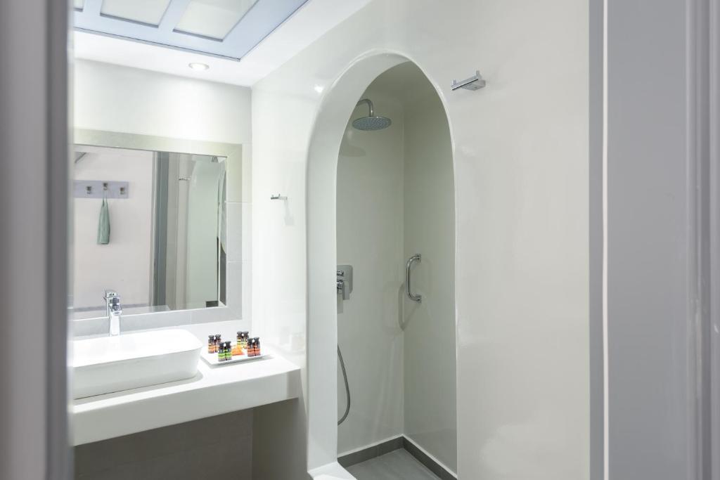 Antoperla Luxury Hotel Spa In Santorini Room Deals Photos Reviews