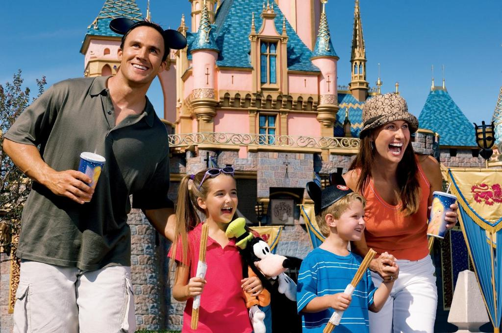 Book Now Portofino Inn and Suites Anaheim Hotel (Anaheim, United States). Rooms Available for all budgets. Guests enjoy two outdoor pools a game room and discounted tickets to Disneyland — a short walk away — at the non-smoking Portofino Inn and Suites Anaheim Hotel.