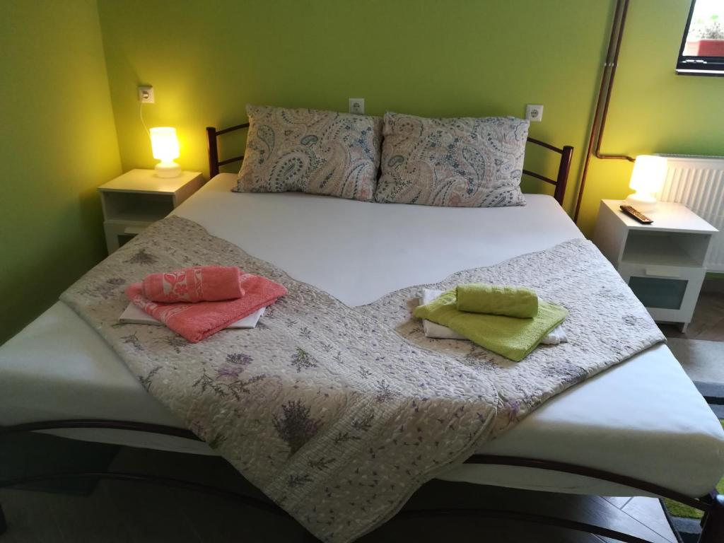 Deluxe Double or Twin Room Apartmens&Rooms 4 rijeke
