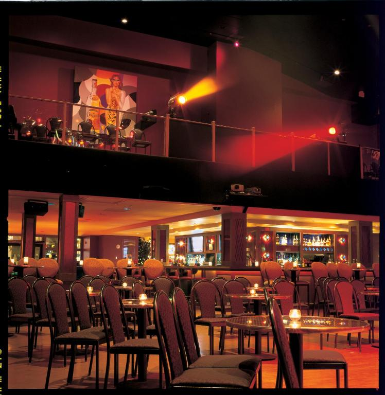 Book Now Fiesta Rancho Hotel And Casino (Las Vegas, United States). Rooms Available for all budgets. Guests enjoy the cozy atmosphere matched with several festive restaurants free parking and lots of lively casino action when they stay at the Fiesta Rancho Hotel and Casino. I