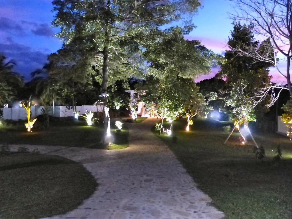 Best Price On Tropical Dream Villa In Galle Reviews
