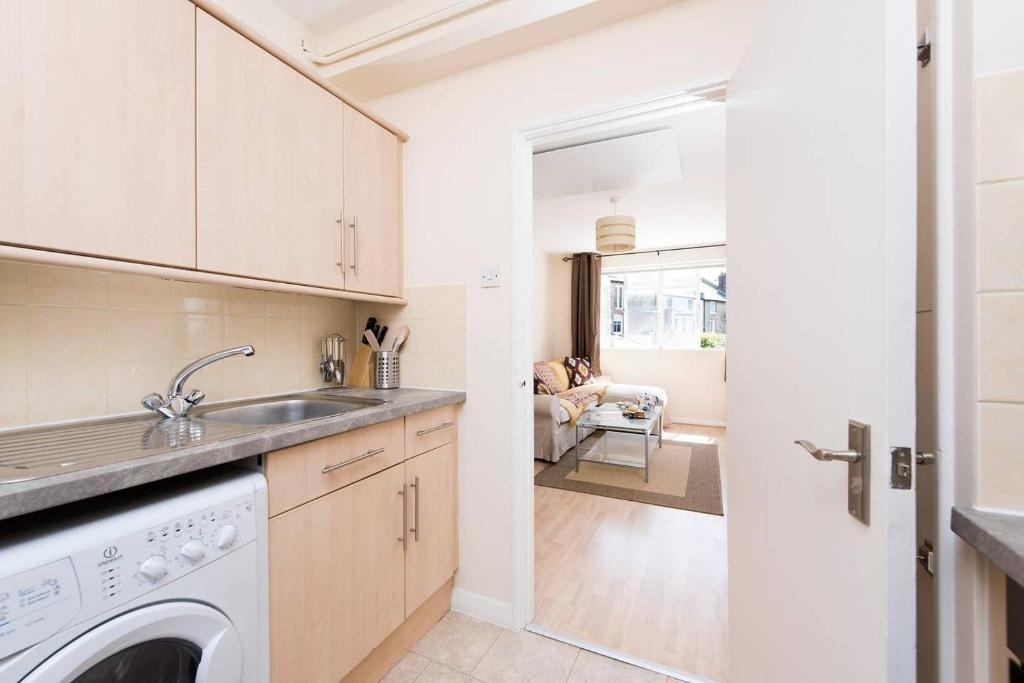 דירת חדר שינה אחד Lovely 1BR Flat in Clapham Junction