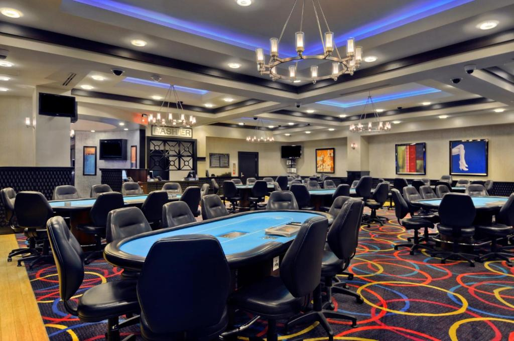 Book Now IP Casino Resort & Spa (Biloxi, United States). Rooms Available for all budgets. A Biloxi Bay high-rise with on-site live entertainment and dining Ip Casino Resort & Spa is one of our guests' favorite properties in the area. This 32-floor 1088-room stunner