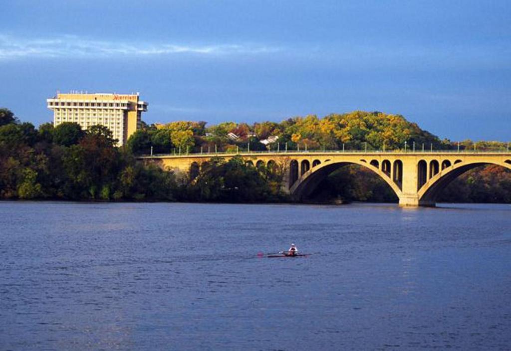 Key Bridge Marriott In Arlington Virginia 12 Photos 395 Reviews Park Sleep