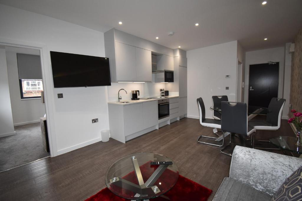 Shortletting by Centro Apartments Milburn House - Mk