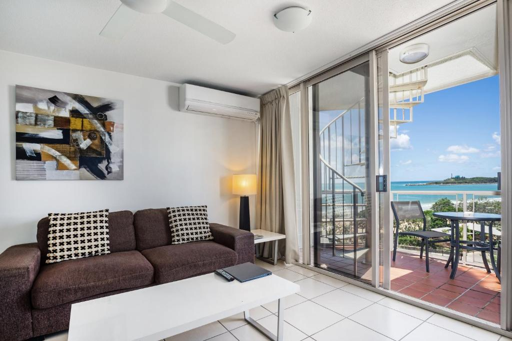 One-Bedroom Apartment - Top Floor with Ocean View Sandcastles Mooloolaba