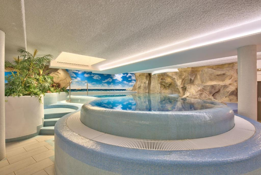 Hotel Zur Muhle In Ismaning Room Deals Photos Reviews