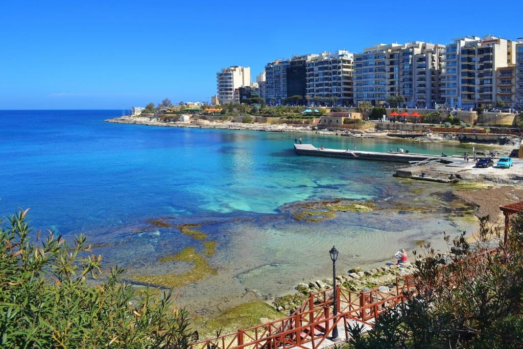 Beach Cosy 1 Bedroom Sliema Apartment, Best Location