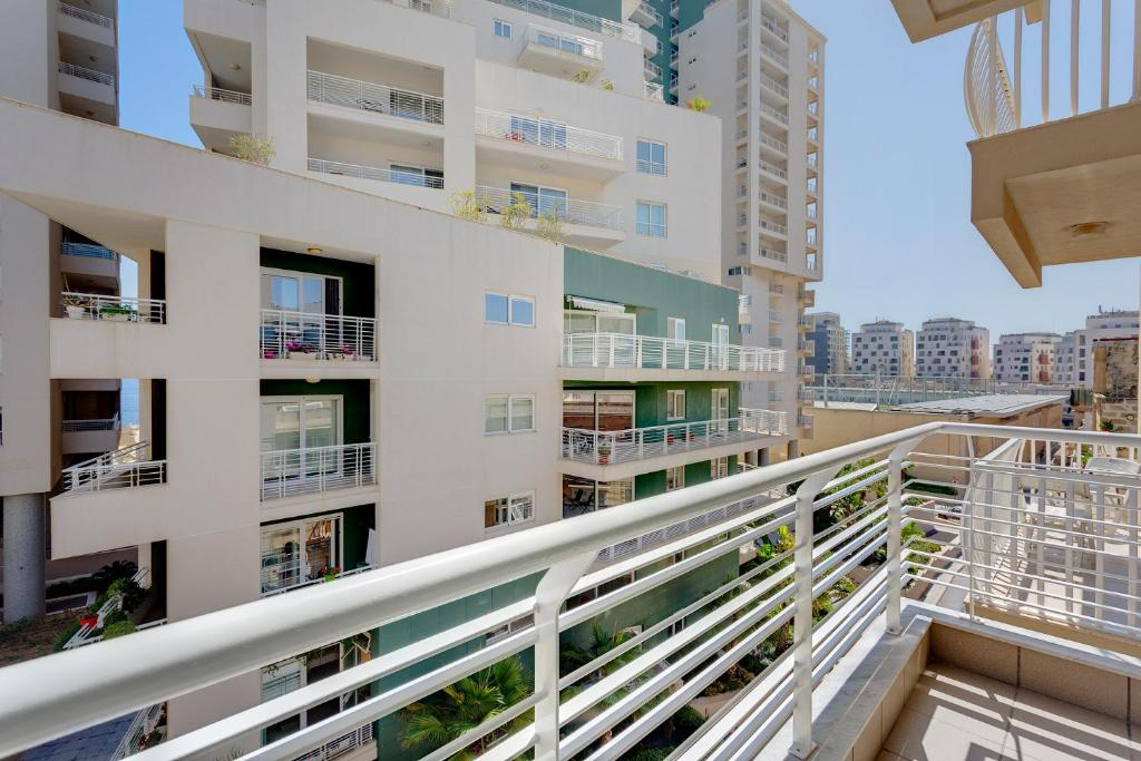 See all 6 photos Cosy 1 Bedroom Sliema Apartment, Best Location