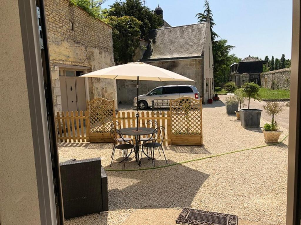 See all 6 photos Cottage du chateau for 4 people – 90 m²- 2 bedrooms – 2 bathrooms – pool