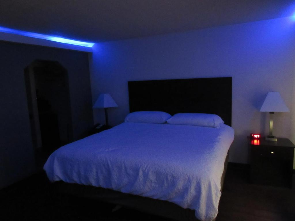 See all 6 photos Trinity Suites Downtown Dallas