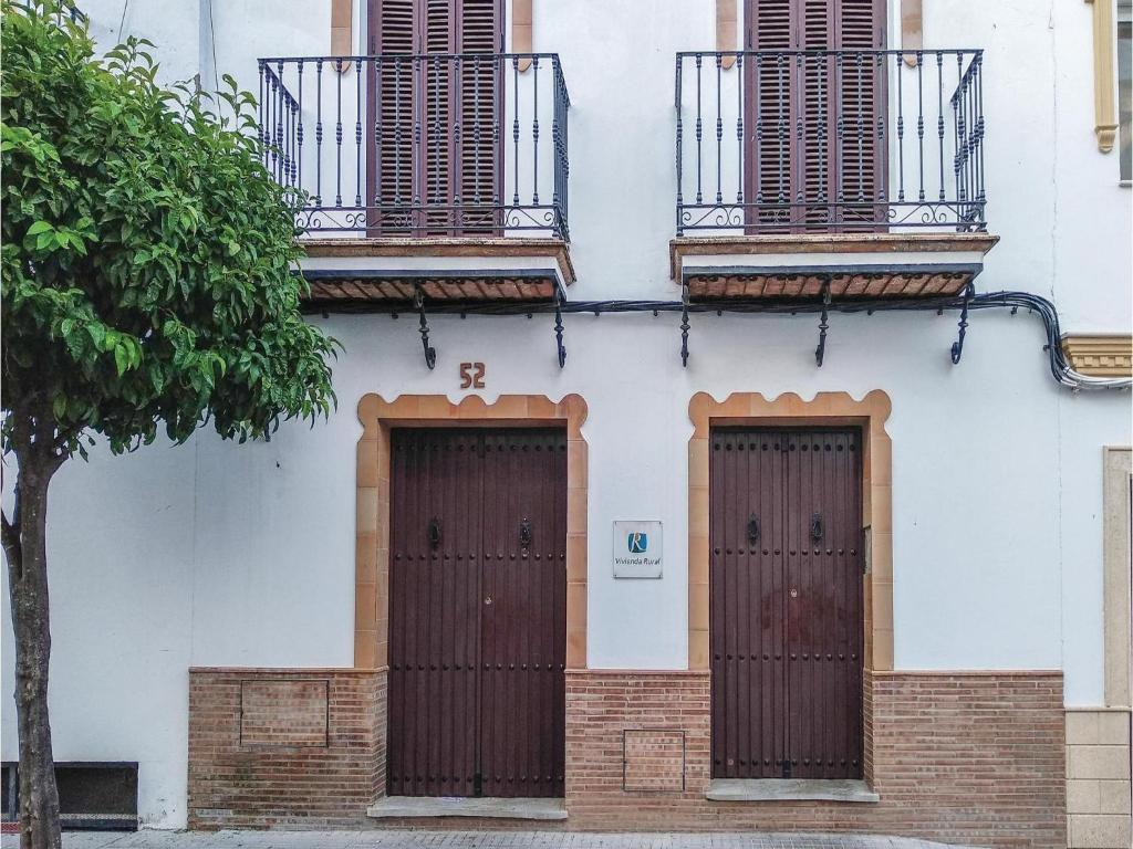 Two-Bedroom Apartment in Prado del Rey
