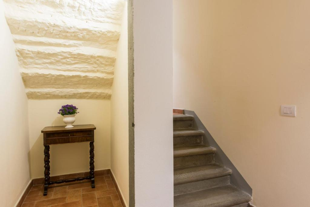 דירה Apartment with large courtyard of exclusive relevance, 7 beds