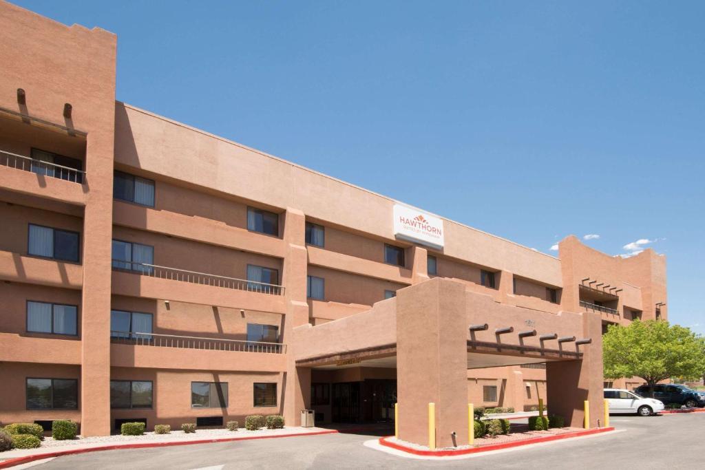 Hawthorn Suites By Wyndham Albuquerque photo