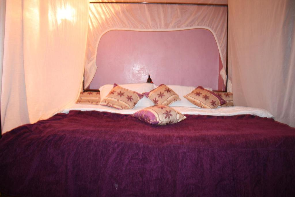 Standard Single Room Hotel Benhama