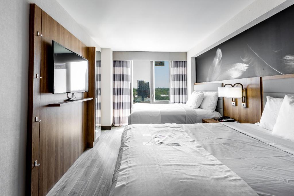 Hotel Ninety Five - JFK Airpor...