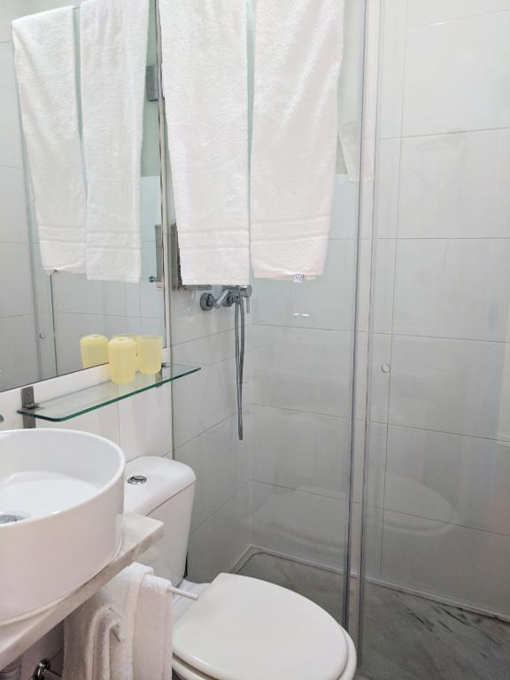 Double Room with Private Bathroom Ndussole Guest House
