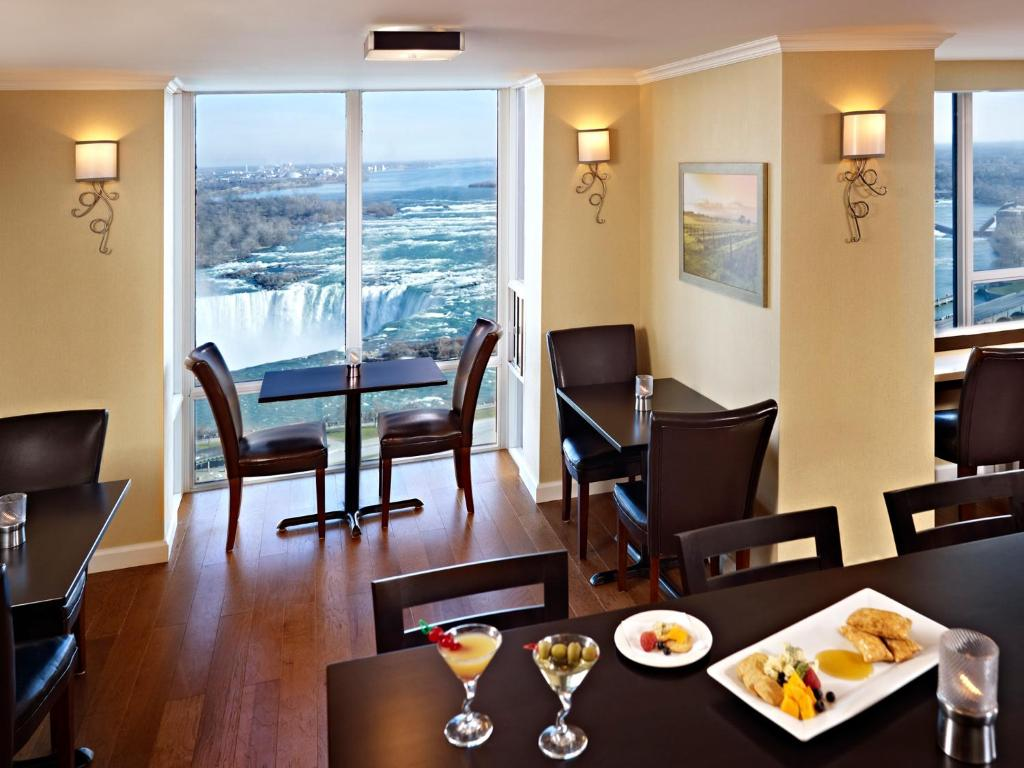 Book Now Niagara Falls Marriott On The Falls (Niagara Falls, Canada). Rooms Available for all budgets. Extensive event space and on-site dining in a locale across from Niagara Falls and the convention center are some of the showering amenities at the non-smoking Niagara Falls M