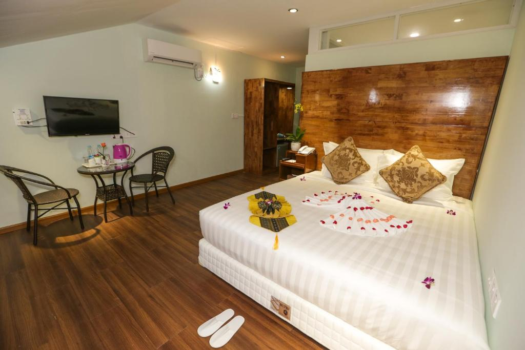 Standard Double Room Grand Garden Hotel Yangon