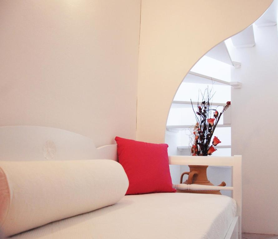 Reverie Traditional Apartments - Hotel in Firostefani (Greece)