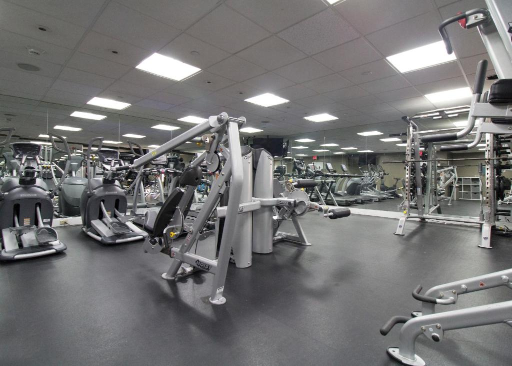 Fitness center Apartments on Beacon Street