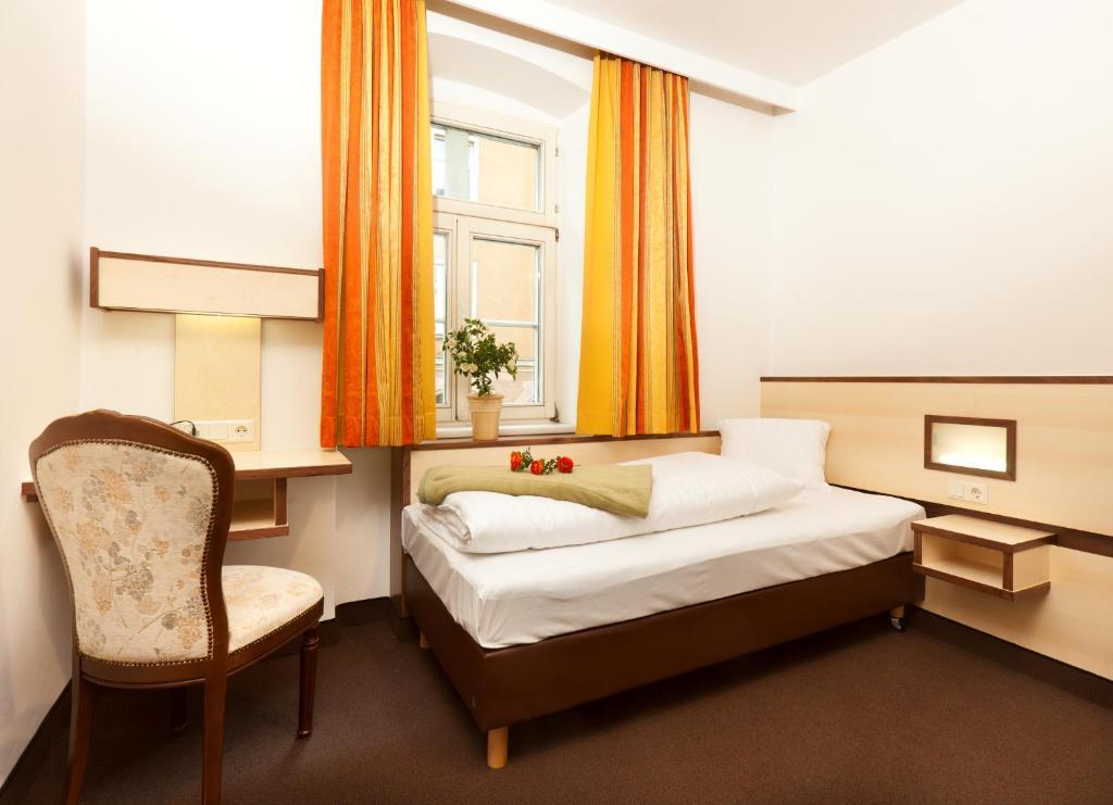 Booking Com Hotel Goldene Krone