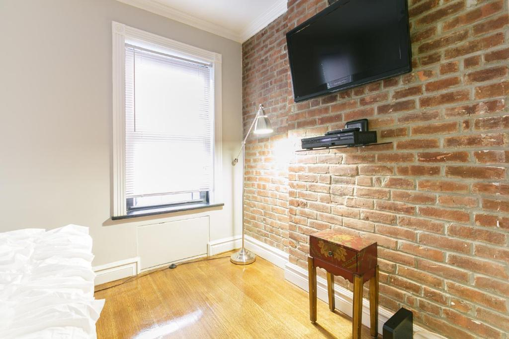 Times Square Holiday Rental Loft!