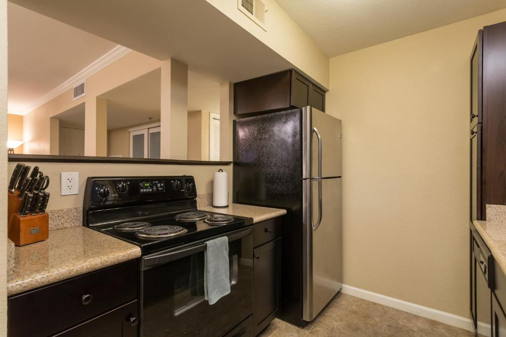 See all 6 photos Sunscape on the Golf Course Condo