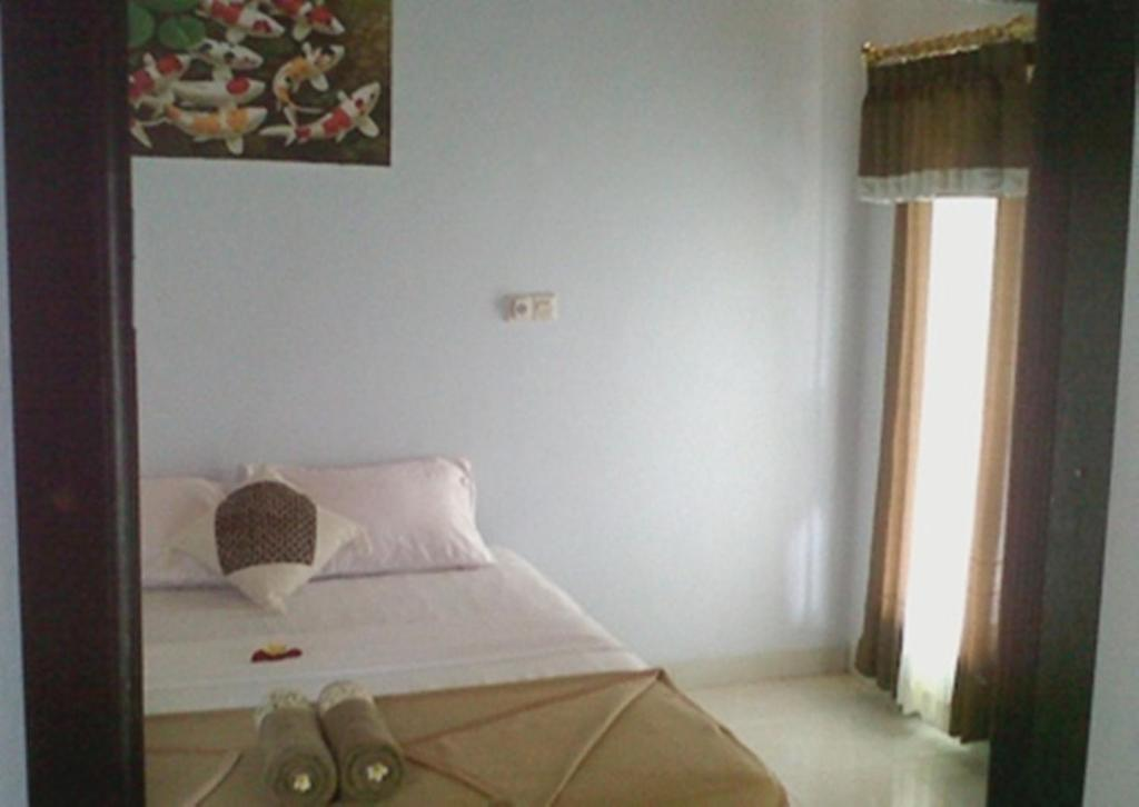 Standard Double Room with Fan Boy Guest House