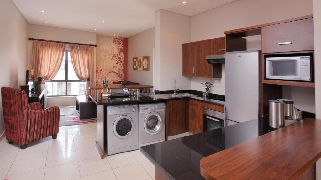 Two-Bedroom Apartment The Capital Esprit