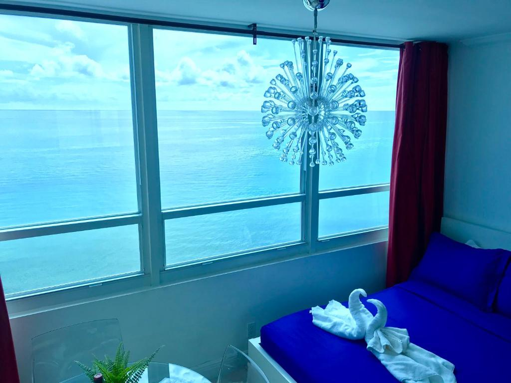 Apartment with Sea View Collins Beach Apartment 5th
