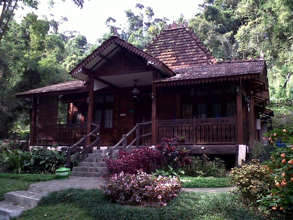 Green Valley Resort In Semarang Room Deals Photos Reviews