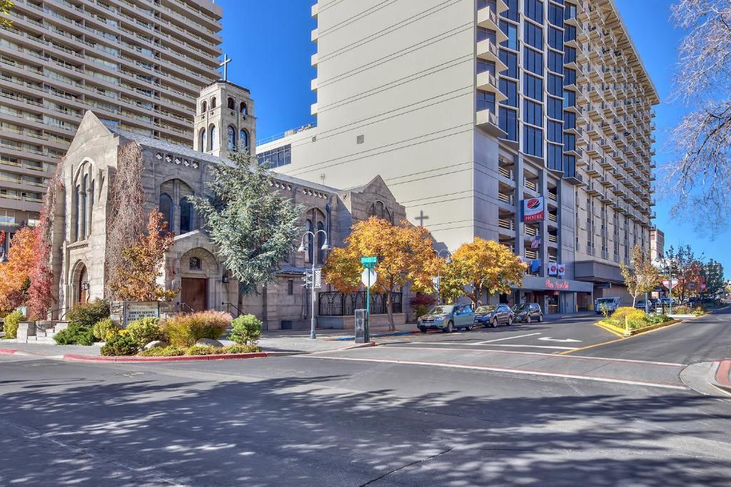 Plaza Resort Club Reno photo