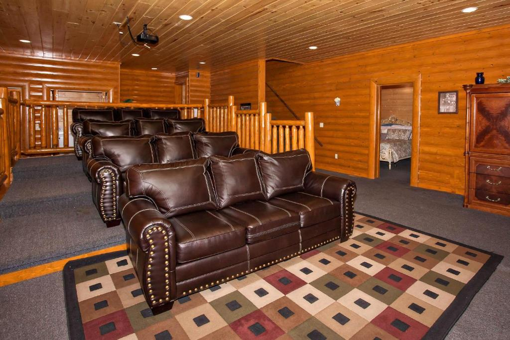 See all 6 photos Pool and Theater Lodge