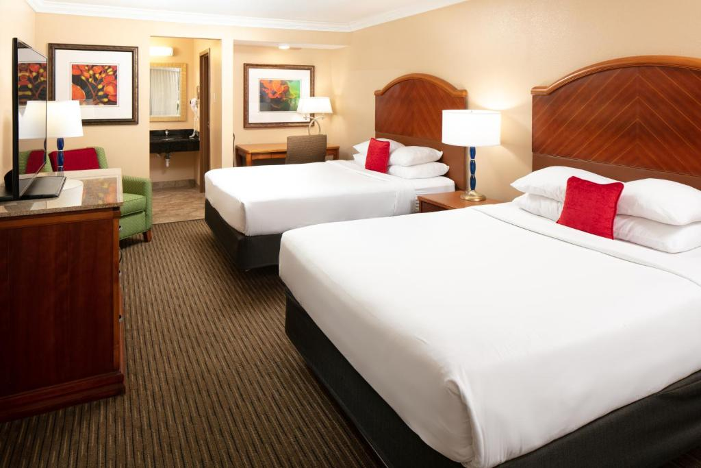 Guestroom Red Lion Orlando Kissimmee Maingate