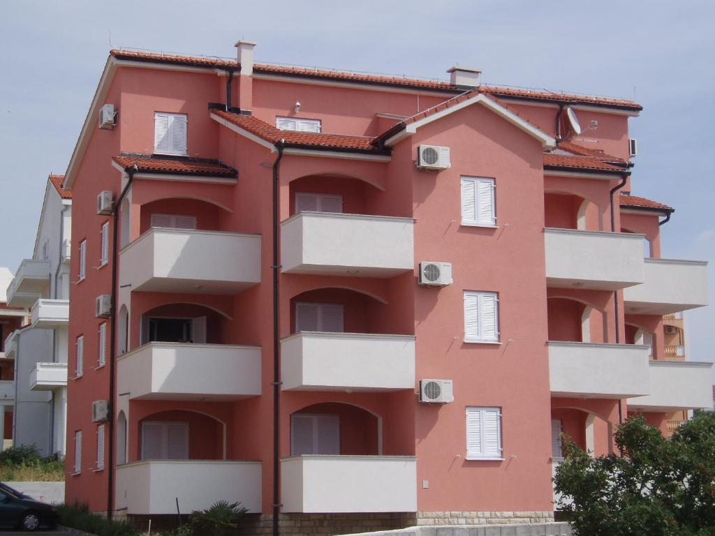 Apartments Paradiso