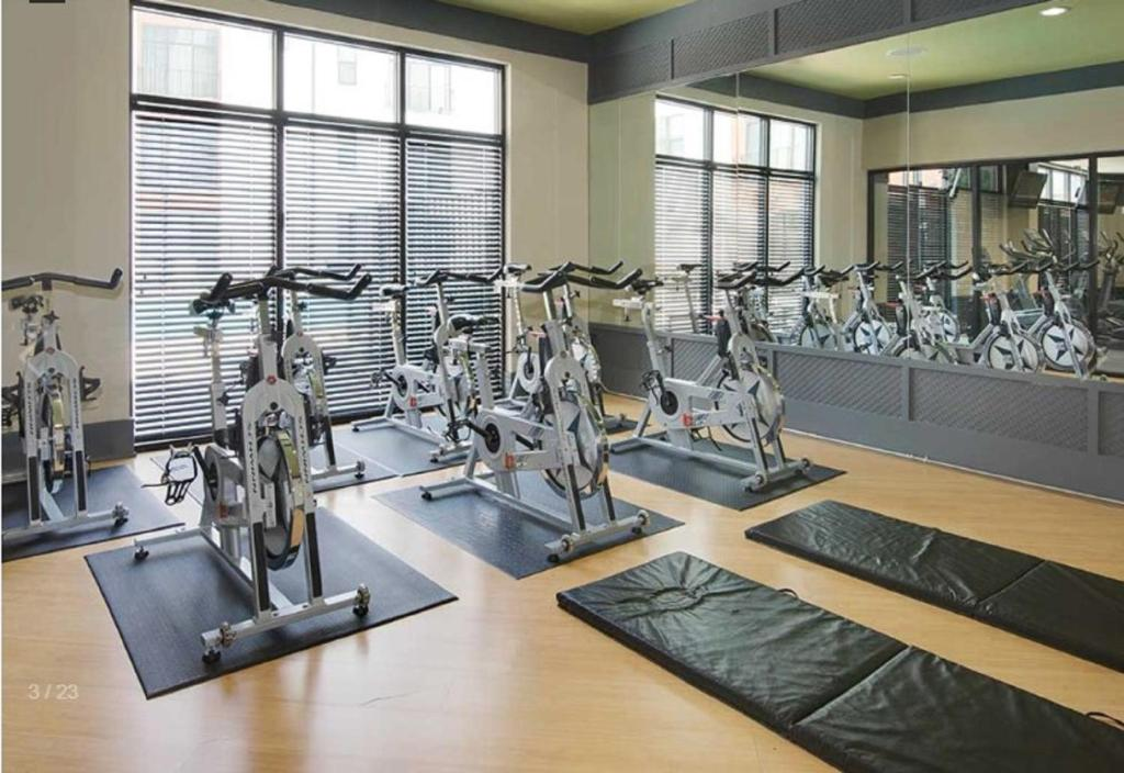 Fitness center Luxury Old 4th Ward Apartments
