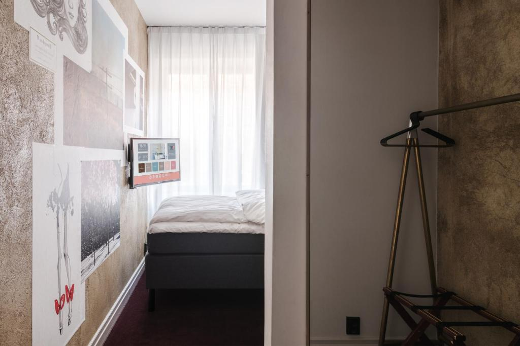 Economy Double Room - Guestroom Story Hotel Riddargatan