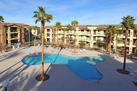 Book Now Siena Suites Hotel (Las Vegas, United States). Rooms Available for all budgets. This all-suite hotel is just 8.5 miles from the famous Las Vegas Strip. It features a modern fitness center that overlooks a lagoon-style outdoor pool and a hot tub.Suites at