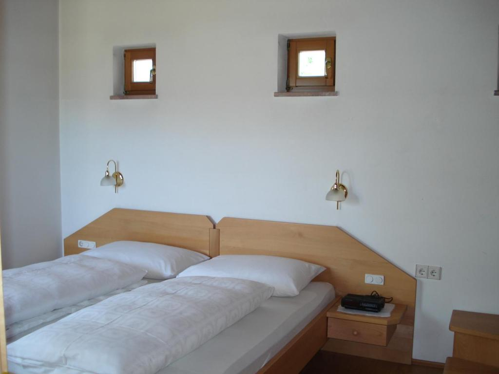 One-Bedroom Apartment - southwest balcony - Guestroom Feldererhof